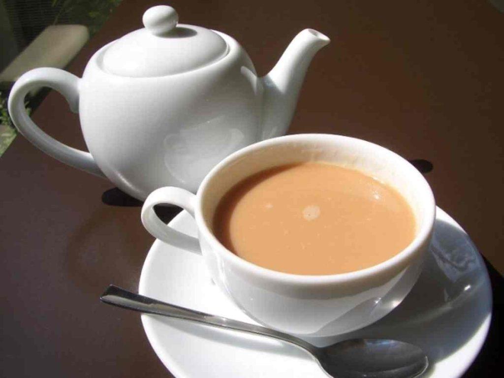 можно ли зеленый чай с молоком