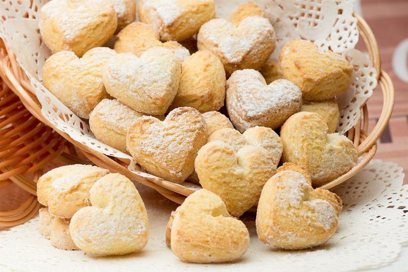 Печенье песочное с маргарином и сметаной